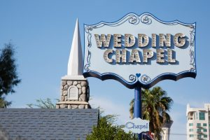Wedding-chapel-sign-in-Las-Vegas-Nevada-476272225_1255x837-300x200